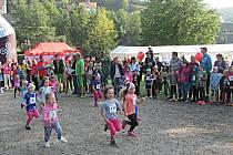 Dětské závody se běhaly přímo v amfiteátru. Na svoji stometrovou trasu vyrazili i ti nejmenší, kategorie Pidižvíci.