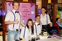 Studentské fiktivní firmy mají pravidelně možnost prezentovat se na veletrhu, který pořádá Střední škola živnostenská Sokolov.