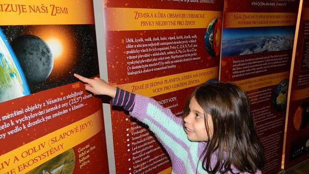 VÝSTAVA Stvoření přibližuje stvoření Země jak ve světle vědeckých poznatků, tak posvátných textů.