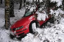 Dopravu na Sokolovsku komplikuje série dopravních nehod.