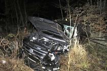 Opilý řidič se s autem převrátil přes střechu, nadýchal 2 promile.