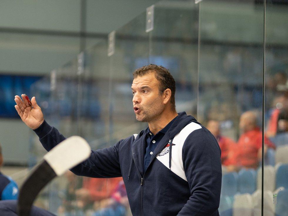 Martin Štrba na střídačce Chomutova