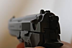 Zbraň ilustrační foto