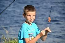 Soustředění mladých rybářů z Kraslic na Skalce.