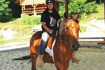 Pro provozování jezdeckého sportu je ranč ve vesničce Mlýnek naprosto ideální.