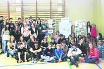 TITULEM Ekoškola se pyšní chodovské gymnázium a obchodní akademie.