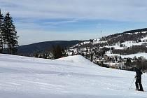 Na Sokolovsku leží na svazích 75 cm sněhu.