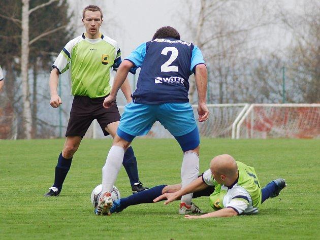 Krajská I. A třída: Olympie Březová - FK Nejdek (v modrém)