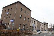 Opravená nádražní budova na sokolovském nádraží