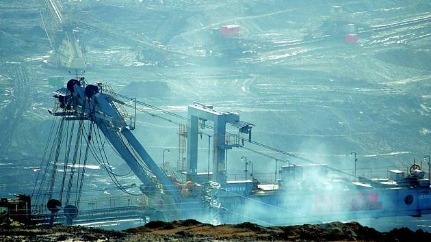 V takzvaných lomnických pinkách bude pokračovat těžba hnědého uhlí. Rada kraje zamítla žádost o zařazení tohoto území mezi zvláště chráněné.