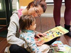 Bookstart má nadšenou odezvu u maminek, které v Lokti nemají jiný prostor ke společnému setkávání.