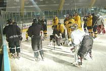 Hokejisté Baníku zahájili přípravu na ledě