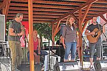 Na Malé scéně zahrála a zazpívala vloni i chodovská kapela Netřísk.