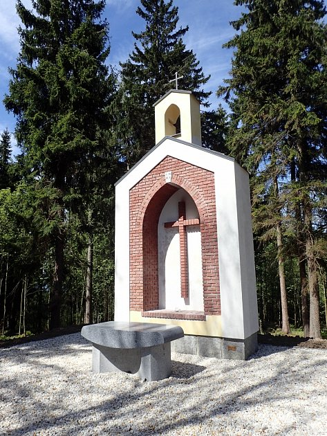 Opravená kaple.