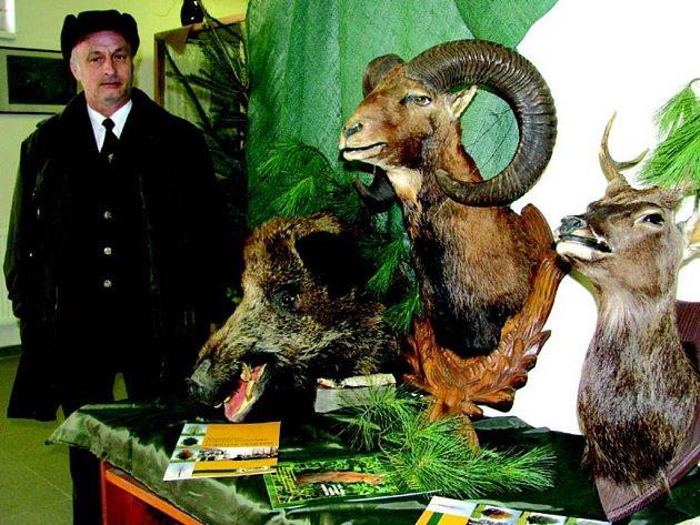Výstava loveckých trofejí.