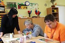 Střední škola Euroinstitut zajišťuje vzdělání v ústavech v celém kraji, například i v Radošově.