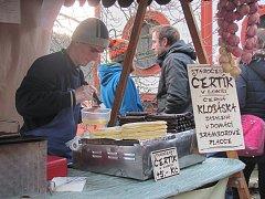 Na vánočních trzích budete moci ochutnat i tradiční krušnohorskou vánoční kuchyni.