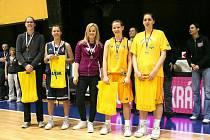 ALLSTAR pětka mistrovství České republiky starších dorostenek, zleva:  Hanušová, Bartáková, Šívrová, Vyoralová, Sládková