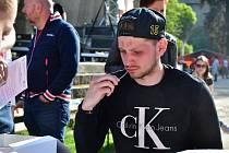 Útočník HC Baník Sokolov Michael Čejka