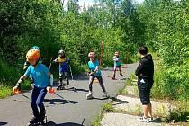 Mladí bublavští lyžaři nezahálí ani v létě.