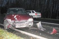 Řetězová dopravní nehoda se stala včera ráno na silnici I/6 ve směru z Chebu do Sokolova poblíž města Březová.
