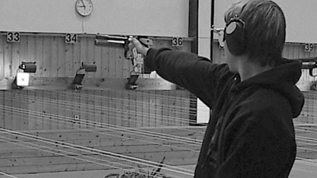 Sportovní střelec Jan Klepáček má šanci střílet za reprezentaci.