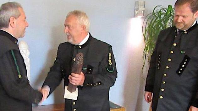 Zástupci Sokolovské uhelné převzali ocenění Zlatý Permon, a to již podruhé.