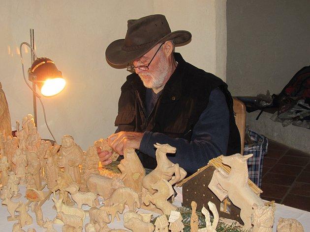 Na Krušnohorských vánočních trzích opět předvedou své umění řemeslníci.