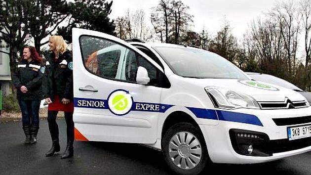 Sokolovský Senior expres a jeho dvě řidičky