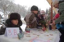 Vánoční trhy dětí v Kraslicích.