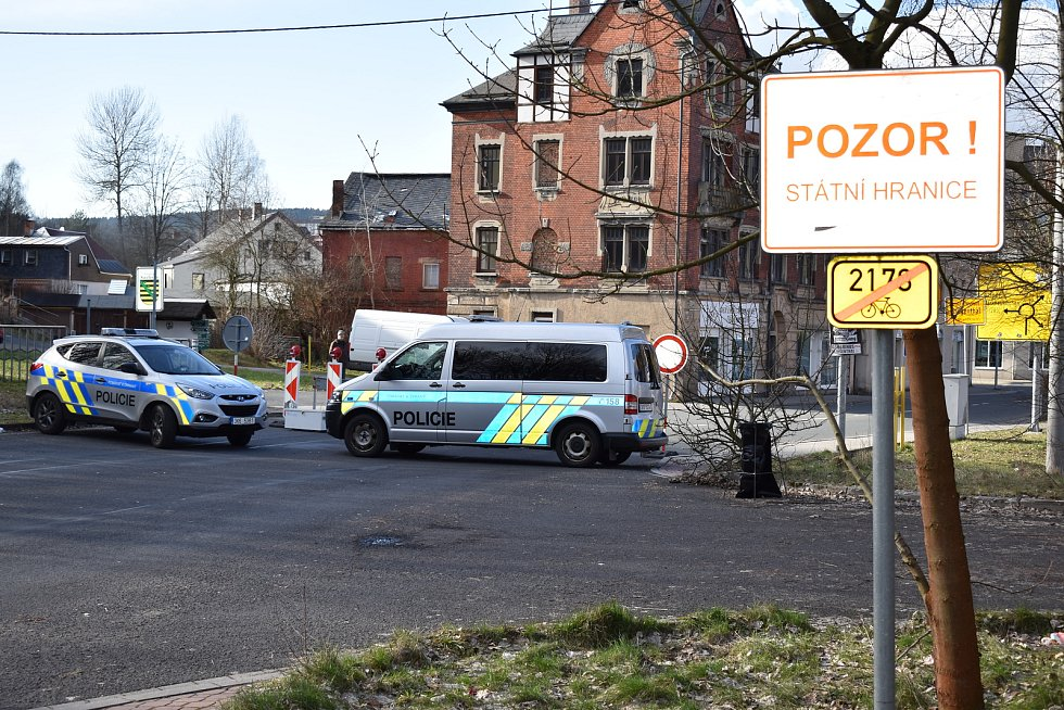 Hraniční přechody ve Vojtanově a Kraslicích