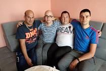 Chráněné bydlení - zleva Roman, Honza, Petr, Tomáš