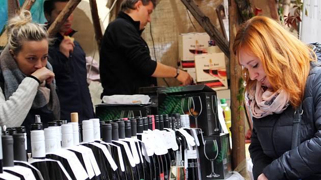 Svatováclavské vinobraní v Lokti bude letos dokonce třídenní.