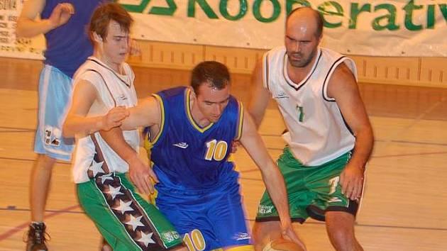 V posledním letošním zápase sezony BK Sokolov podlehl celku Teplic.