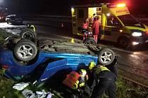 Nehoda na D6 u Březové u Sokolova.
