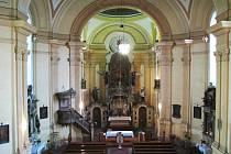 Kostel sv. Vavřince v Chodově.