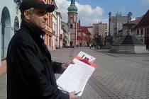 Jiří Korbel sbírá podpisy pro svou petici