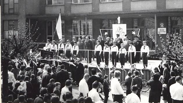 Prvomájové oslavy v roce 1967.
