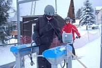 NA KRASLICKU se lyžuje pouze na Bublavě, která disponuje zasněžovacím systémem.