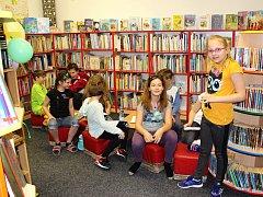 Knihovny pořádají během roku řadu akcí. Například pravidelnou Noc s Andersenem (na snímku chodovská knihovna letos).