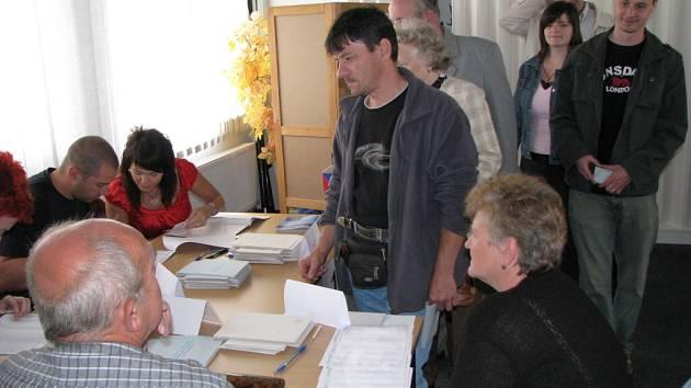 Volby v Chodově.