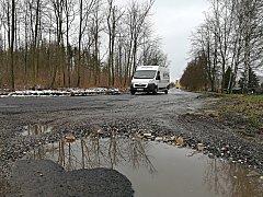 Oprav se dočká i silnice nad TJ Baník Sokolov.