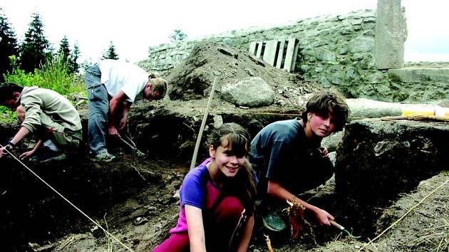 Kniha o vykopávkách kostela sv. Mikuláše uspěla v celorepubilkové soutěži.