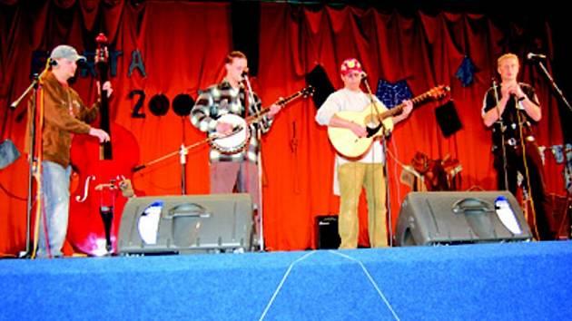 Mezi účinkujícími na Portě 2007 byla i kapela BG 4
