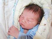 MIKULÁŠEK KUNZ ze Sokolova se narodil 4. června