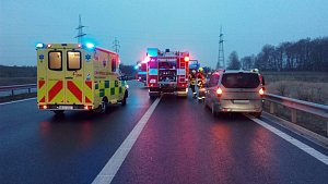 Silnice pod ledem a vážné nehody