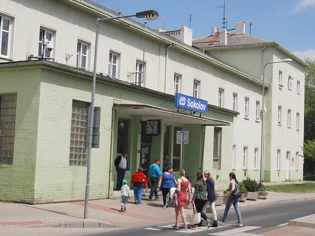SOKOLOVSKÉ nádraží.