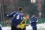 Zimní turnaj SSZ: OSS Lomnice - Baník Habartov (v modrém)