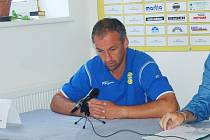 Aleš Jindra na tiskové konferenci