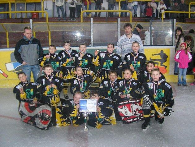Vítězný celek HC Baník Sokolov.